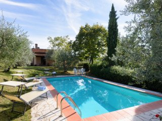 Tuscany, Private Cottage with Private Pool, Perfect setting for family - friends - Cortona vacation rentals