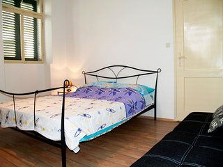 All New apartment, step from the Beach Jaz - Preko vacation rentals