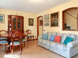 Nice 5 bedroom Lucca House with Central Heating - Lucca vacation rentals