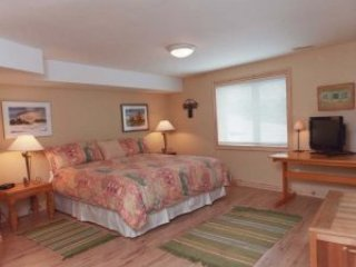 Chalet Claremont - Terrace Room - Pickering vacation rentals