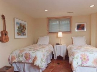 Chalet Claremont - Terra Cotta Room - Pickering vacation rentals