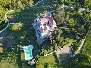 Perfect 3 bedroom Chateau in Valfabbrica - Valfabbrica vacation rentals