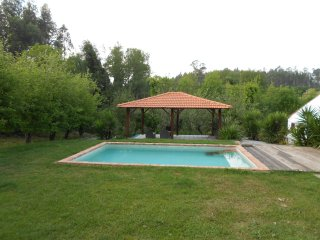 The White House-Casa Branca - Vale da Silva Villas - Aveiro vacation rentals