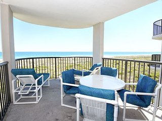 DR 2306 -  Oceanfront condo convenient to pool, tennis court and beach access - Wrightsville Beach vacation rentals