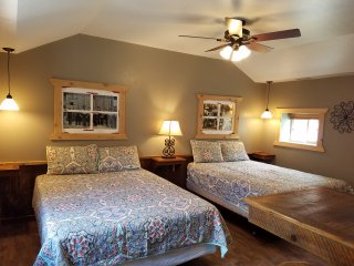 Newly renovated kitchenette studio quiet downtown location, close to everything - Ouray vacation rentals
