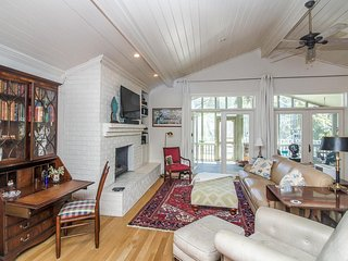 4 bedroom Cottage with Television in Tybee Island - Tybee Island vacation rentals