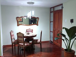 1st Floor Apt in a Safe area in Surco 20 mins away from Park kennedy Miraflores - Lima vacation rentals