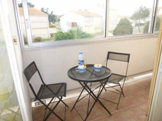 Bright 1 bedroom Condo in Saint-Hilaire-de-Riez with Television - Saint-Hilaire-de-Riez vacation rentals