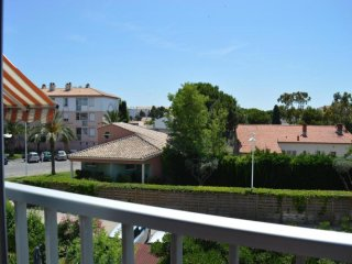 Nice Condo with Television and Parking - Le Grau Du Roi vacation rentals