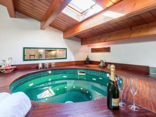 Great House - Whirlpool, Pooltable,+++ - Sant  Lluis es vacation rentals