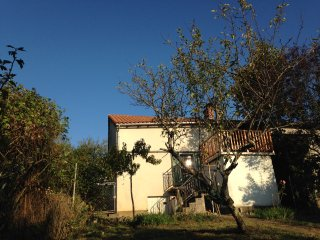 La Petite Maison de Monge - Rustic Eco Home - Self Catering (sleeps 2-4) - Thiviers vacation rentals