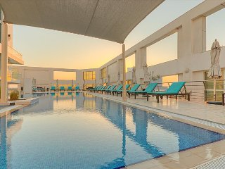 Spacious Luxury in Business Bay with Spa and Pool - Dubai vacation rentals