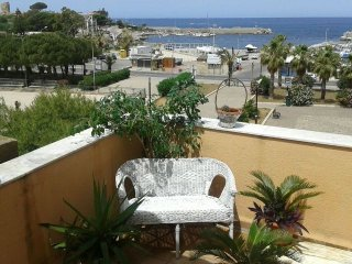 2 bedroom House with Internet Access in Isola Delle Femmine - Isola Delle Femmine vacation rentals