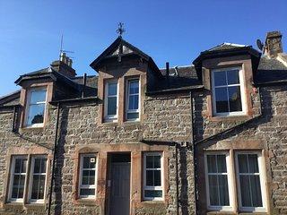 Cumlodden House, Relax in stylish comfort. Crieff, the heart of Strathearn. - Crieff vacation rentals