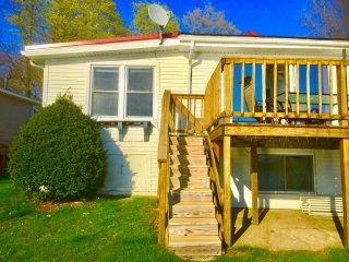 The Wellington Lake Cottage on Stone Lake - Middlebury vacation rentals