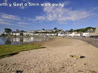 Lovely 3 bedroom House in Borth-y-Gest - Borth-y-Gest vacation rentals