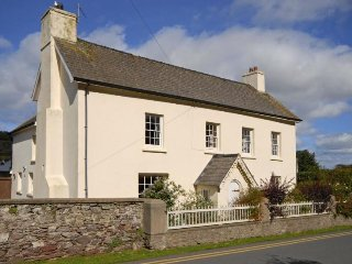 Lovely 5 bedroom House in Dale - Dale vacation rentals
