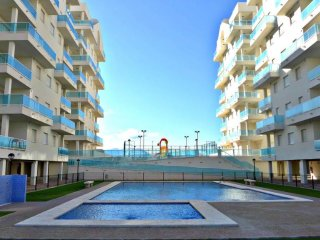 Luxurious 2 bed apartment with pool near beach - Platja de Piles vacation rentals