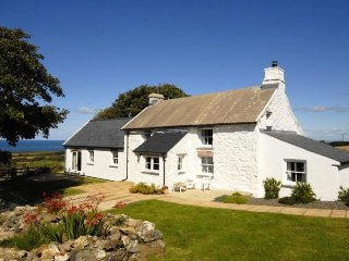Perfect 4 bedroom House in Goodwick - Goodwick vacation rentals