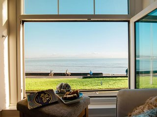 Charming 7 bedroom House in Mumbles - Mumbles vacation rentals