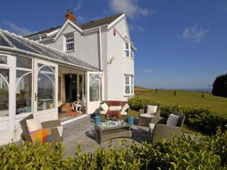 Lovely 4 bedroom House in Kilgetty - Kilgetty vacation rentals