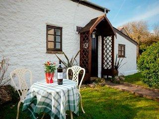 Charming 1 bedroom House in Llanmadoc - Llanmadoc vacation rentals