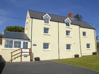 Perfect 5 bedroom House in Porthgain - Porthgain vacation rentals