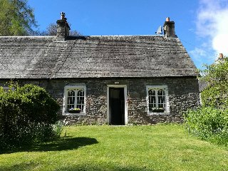 North Cottage next to Loch Lomond &Luss - Luss vacation rentals