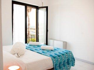 PAGODA 6, lovely peaceful flat (Lamezia,kitesurf) - Gizzeria Lido vacation rentals
