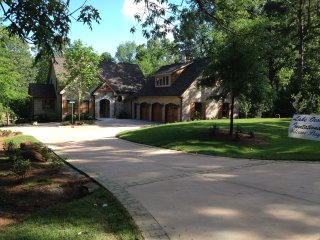 Spacious Cottage on Lake Oconee - Eatonton vacation rentals