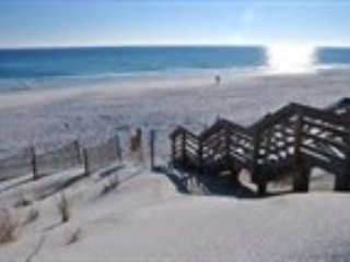 SUMMER BREEZE 303 - *ENJOY THE BALCONY & VIEWS FROM THIS 1 BEDROOM CONDO* - Miramar Beach vacation rentals