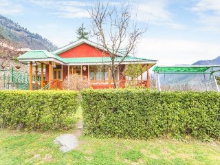 Stylish cottage for 9, perfect for a serene vacation - Manali vacation rentals