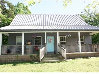Cabin Near Lake Ouachita w/ 2 kids passes to Mid-America (while they last!) - Royal vacation rentals