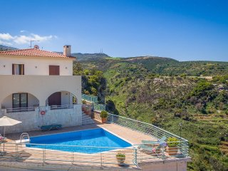 Nice 3 bedroom Villa in Agía Eiríni - Agía Eiríni vacation rentals