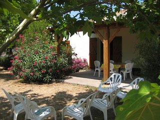 Nice House with Satellite Or Cable TV and Parking - Lama vacation rentals
