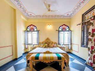 Court Shekha Haveli Room Yellow - Jaipur vacation rentals