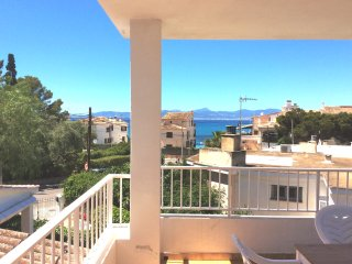 Lovely chalet by the sea, Son Veri - Son Veri vacation rentals