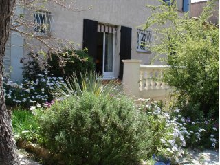 Apartment - 7 km from the beach - Le Revest-les-Eaux vacation rentals