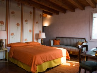 2 bedroom Guest house with Deck in Quinto di Treviso - Quinto di Treviso vacation rentals