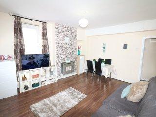 2 Bed flat near Liverpool Street/Brick Lane,Zone 1 - London vacation rentals