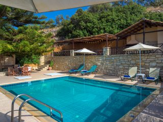 Villa Argiris - Absolute privacy with breathtaking sea view and lovely terrace - Stavromenos vacation rentals