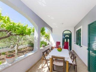 Apartments Cvita - 34791-A2 - Okrug Donji vacation rentals