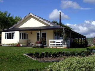 Country Patch Bed & Breakfast - The Villa - Waikanae vacation rentals