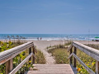 NEW! 2BR Cocoa Beach Apartment - Walk to the Beach! - Cocoa Beach vacation rentals