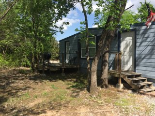 Large Cabin  with lots of trees, sleeps 8, 10 miles to Turner Falls - Sulphur vacation rentals