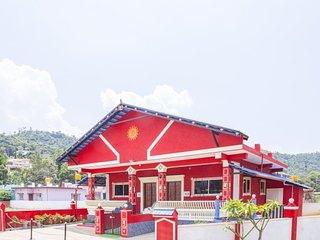 Cheerful accommodation for a family, fronted by a hilly view - Madikeri vacation rentals