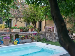 il pozzo e l'ulivo - just 200 meters from the Metro station - - Catania vacation rentals