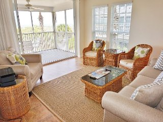 2 Bedroom Villa in a quiet location steps from the beach - Cape Haze vacation rentals