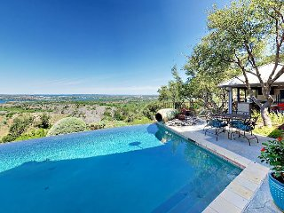 Stunning 3BR Rancho Pacifico w/ Hill Country Views - Infinity Pool, Hot Tub - Burnet vacation rentals