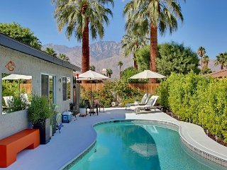 Take a Mountain-View Swim! – 3BR Palm Springs Retreat for 6 - Palm Springs vacation rentals